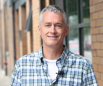 Steve Johnson featured