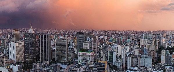 Sao Paulo, Brasil. Image by Fernando Stankuns