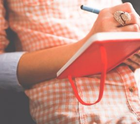 Social Media Writing Prompts That Will Spark Your Creativity | Hootsuite Blog