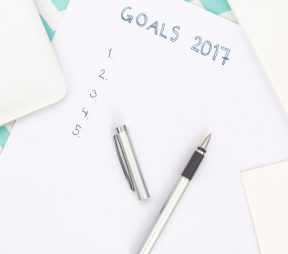 5 Last-Minute Planning Tips to Kickstart Your 2017 Social Media Strategy | Hootsuite Blog
