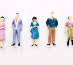 10 Social Media Profile Tips for Sales Professionals | Hootsuite Blog