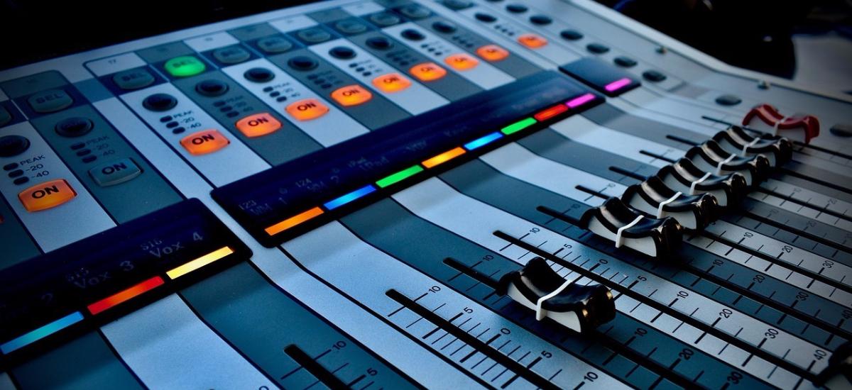 8 formas legales para añadir música a tus videos en redes sociales