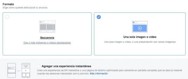 """Opciones de formato para la publicidad en Instagram que incluye carrusel, imagen única o video, colección y """"Agregar una experiencia instantánea"""