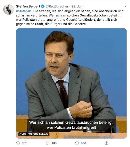 Der Screenshot zeigt einen Tweet zu den Ausschreitungen in Stuttgart von Steffen Seibert, Sprecher der deutschen Bundesregierung