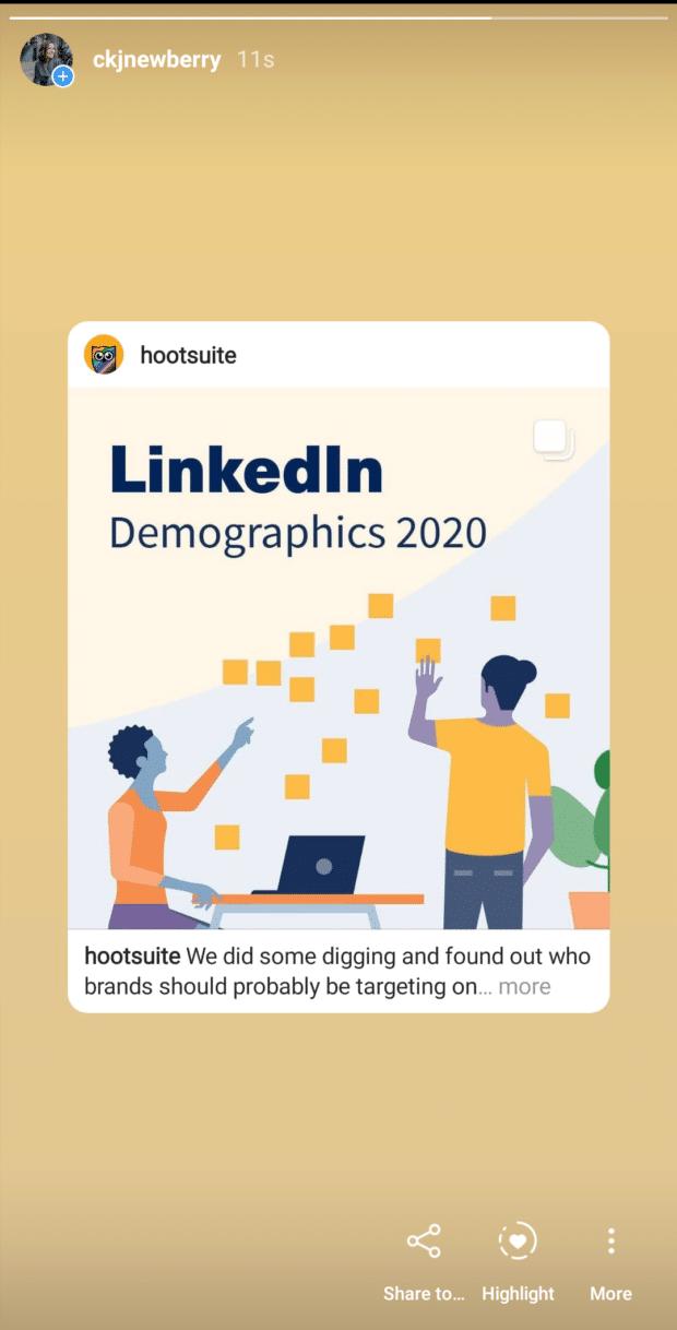 Historia sobre los datos demográficos de LinkedIn compartida en Hootsuite