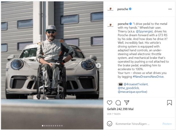 Porsche wirbt mit einem Zitat des Rollstuhlfahrers Thierry für ein behindertengerechtes Automodell.
