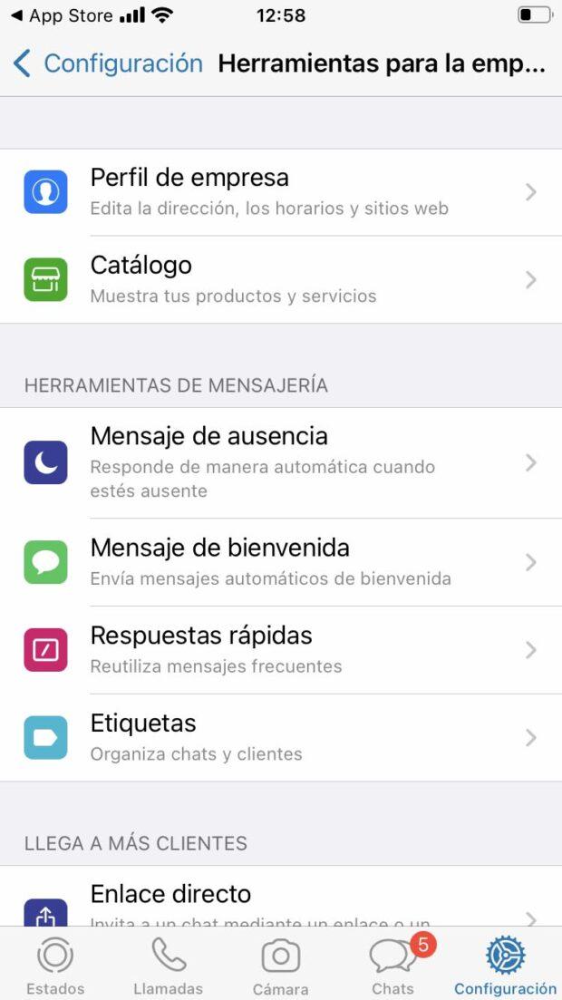Captura de pantalla de las herramientas y funciones que ofrece WhatsApp Business